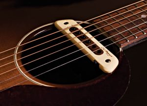 lr-baggs-m80-magnetic-soundhole-pickup